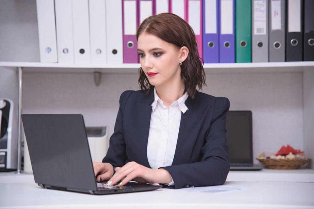 Luyện kỹ năng gõ 10 ngón giúp chị em văn phòng tăng tốc đánh máy